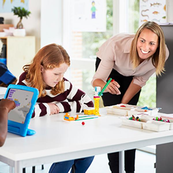 LEGO® Education SPIKE™ Essential klassesett (30 elever)